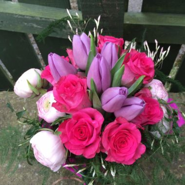 Pretty pink posy design in vase